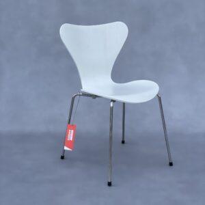 Fritz Hansen serie 7 Stoel Wit Essenhout Stoelen Design Meubels Tweedehands Nieuw