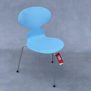 Fritz Hansen Mier 3 poot Stoel kleur blauw Stoelen Design Meubels Tweedehands Nieuw