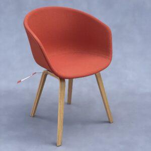 HAY About A Chair AAC 23 Stoel Oranje Stof Stoelen Design Meubels Tweedehands Nieuw