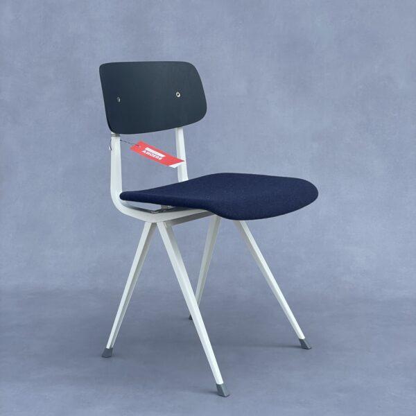 Hay Result – Friso Kramer & W. Rietveld kleur zwart blauw Stoelen Design Meubels Tweedehands Nieuw