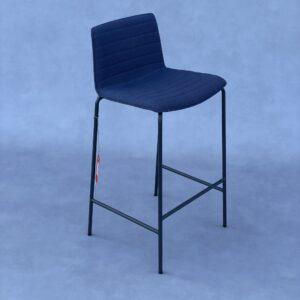 Andreu World Flex Kruk Blauwe Stof Krukken Design Meubels Tweedehands Nieuw